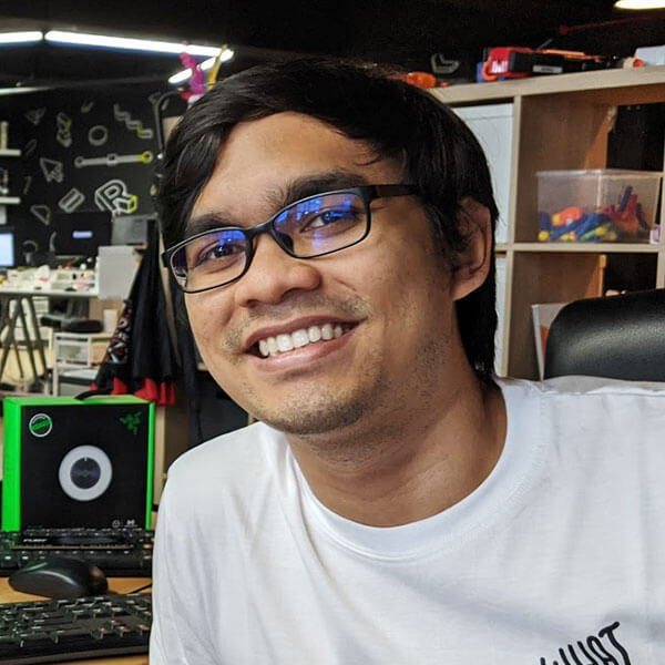 Portrait of DigiPen (Singapore) alumni Aqil Hilmi