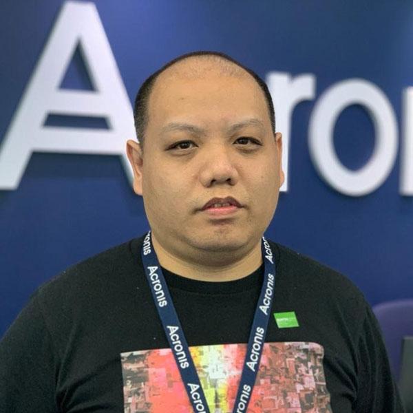 Portrait of DigiPen (Singapore) alumni Larry Leow